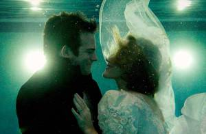Regardez ce couple se marier en apnée !