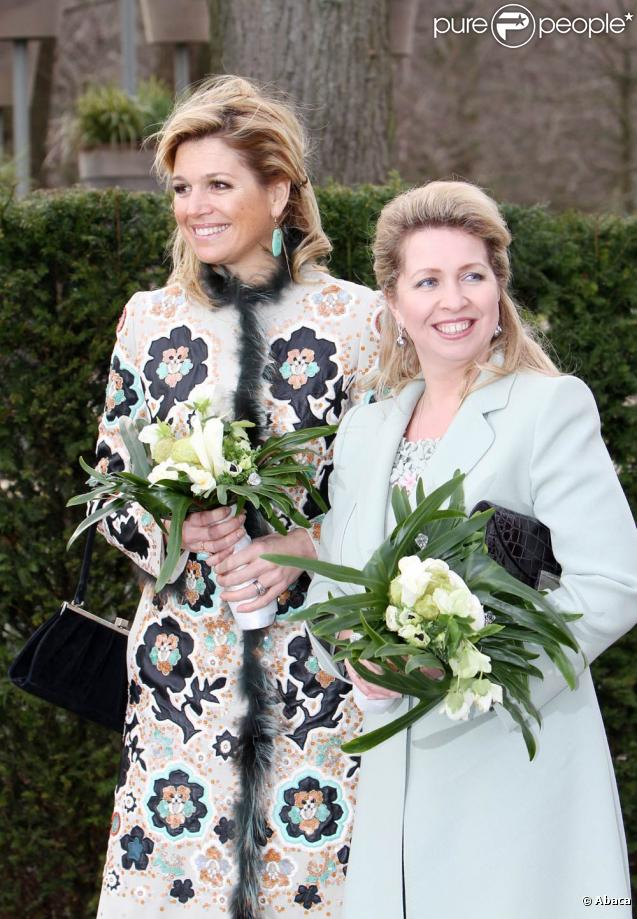 Maxima des Pays-Bas a reçu Svetlana Medvedeva, l'épouse du président russe, pour l'inauguration du Keukenhof 2010