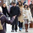 Le cinéaste new-yorkais Woody Allen et sa femme Soon-Yi lors d'une promenade à Berlin, le 23 mars 2010.