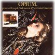 Jerry Hall égérie du parfum Opium d'YSL