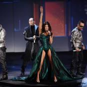 Fergie : Tellement déchaînée en concert... qu'elle s'étale sur la scène !