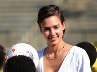 Jessica Alba : En expédition en Afrique pour Rania de Jordanie, elle retrouve le sourire !