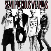 Dopés par Lady Gaga, voilà le sexuel Justin Tranter et Semi Precious Weapons dans un clip débauché et hors de contrôle !