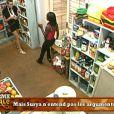 Kelly tente de convaincre sa copine Surya