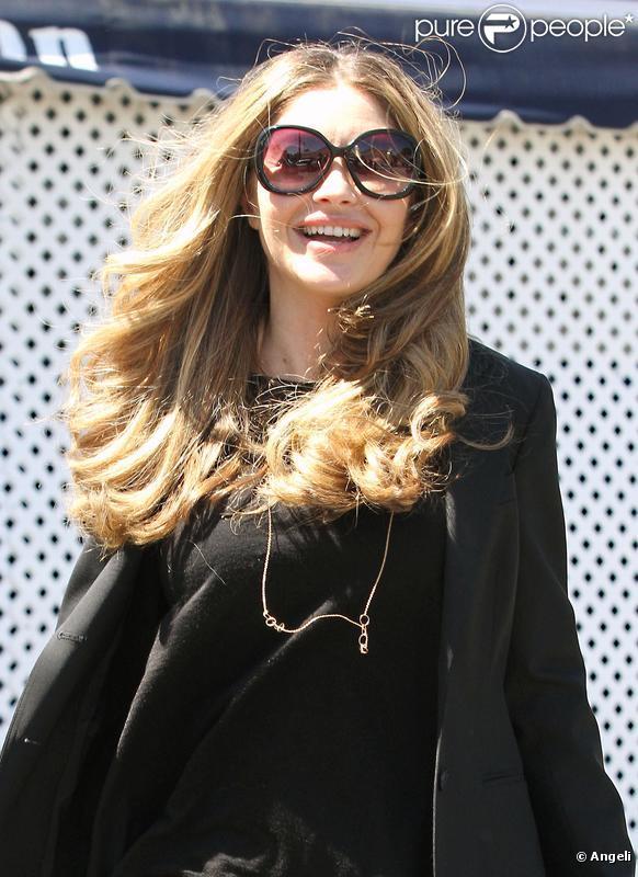 Rebecca Gayheart à Los Angeles le 6 avril 2010