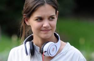 Katie Holmes, sans maquillage et au naturel, tourne son nouveau film avec Juliette Binoche !