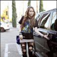 Miley Cyrus a déclenché un véritable scandale avec sa photo plutôt dénudée dans Vanity Fair alors âgée de 16 ans. Quant à son show autour d'une barre de striptease... c'est la goutte d'eau !