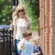 Enceinte de son troisième enfant, Claudia Schiffer est déjà la maman comblée de Casper, 7 ans, et Clementine, 5 ans. Lequel suivra les traces de sa mère, ex-top model ?