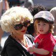 Dès qu'elle le peut, Christina Aguilera passe tout son temps libre avec son fils unique Max... Quelle maman poule !