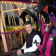 Grégoire inaugure son allée à la Foire du Trône et s'éclate dans les attractions ! 15/04/2010