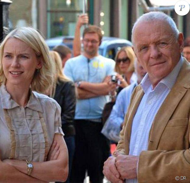 Des images de You will meet a tall dark stranger, de Woody Allen, présenté à Cannes en mai 2010 et en salles le 10 novembre 2010.