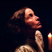 Regardez la ravissante Julie Delpy nous raconter son rôle de comtesse criminelle !