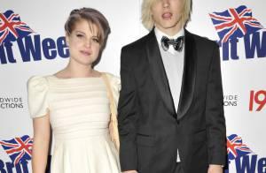 Kelly Osbourne, très classe et très amoureuse de son boyfriend... au côté d'une Mel B très chevelue !