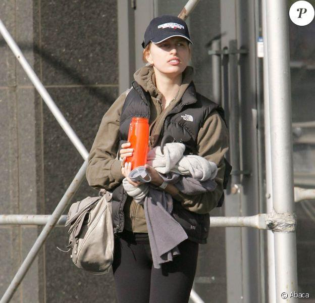 Karolina kurkova à New York, le 22 avril 2010