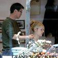 L'actrice Claire Danes se laisse aller entre les mains d'un maître masseur...