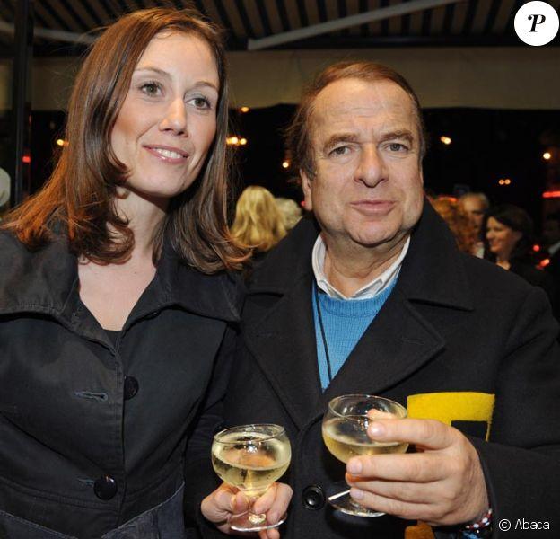 Paul Loup Sulitzer et sa nouvelle fiancée Annabelle Rahal, 32 ans qui travaille dans la finance.