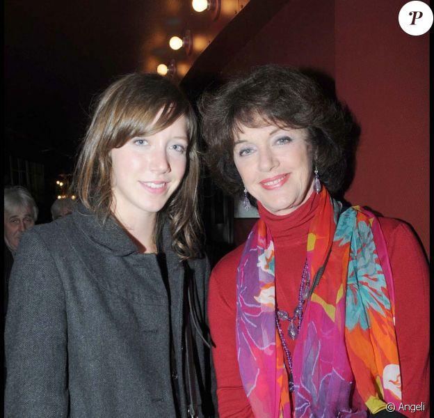 Sara Giraudeau et sa mère Anny Duperey dans Colombe, en direct sur France, le 15 mai 2010 !