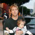 Larry Birkhead et Dannielynn, la fille d'Anna Nicole Smith, à Los Angeles, le 26 novembre 2007 !