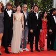 L'équipe du film , avec notamment les acteurs Nora Von Waldstaetten, Alexander Scheer et Edgar Ramirez lors de la présentation du biopic réalisé par Olivier Assayas, Carlos le 19 mai 2010 durant le 63e festival de Cannes