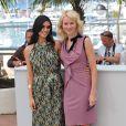 Naomi Watts et Liraz Charhi lors du photocall du film Fair Game durant le festival de Cannes le 20 mai 2010