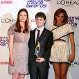 Bonnie Wright, Daniel Radcliffe et Emma Watson lors des National Movie Awards à Londres le 26 mai 2010