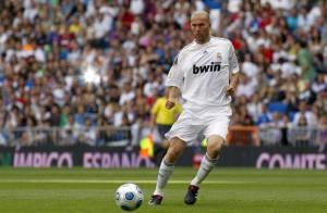 Zinedine Zidane : il fait son retour sous le maillot du... Real Madrid !
