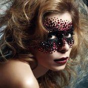 Regardez la sensuelle Julie Zenatti en geisha sexy...