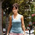 Jennifer Love Hewitt revient de son cours de Pilates (12 juin 2010, Californie)