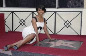 PHOTOS : Angela Bassett très émue par son étoile sur Hollywood Boulevard...