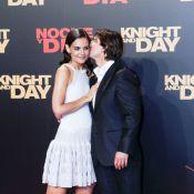 Tom Cruise couvre de baisers les ravissantes Katie Holmes et Cameron Diaz... qui exhibent leurs superbes gambettes !
