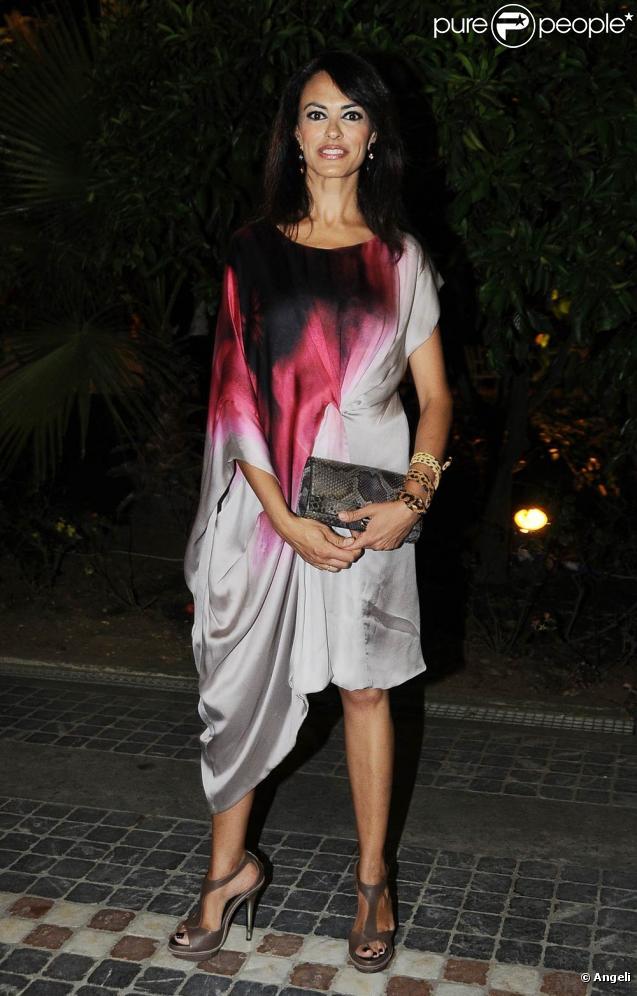 La superbe Maria Grazia Cucinotta, à Rome, le 6 juillet 2010.