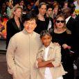 Jackie Chan et Jaden Smith à l'occasion de l'avant-première britannique de  Karate Kid , à Leicester Square, à Londres, le 15 juillet 2010.