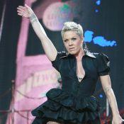 Pink : Après son hospitalisation, la voilà déjà sur scène, déchaînée !