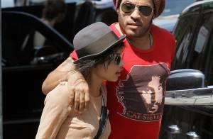 Lenny Kravitz : Absolument fou de sa fille Zoe, il ne la quitte plus !