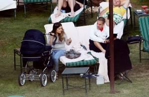 Joe Cole, sa superbe Carly et leur petite Ruby de 5 mois... à l'assaut de leur nouveau home de rêve !
