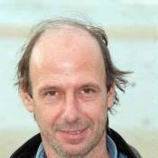 """Manuel Poirier, attaqué par Pierre Perret, répond : """"Sa réaction est pitoyable"""" !"""