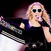 Madonna, élégante et comme rajeunie, a fêté ses 52 ans en avance ! Toujours pressée, la madone...