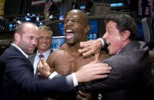 Sylvester Stallone débarque avec ses gros bras à la bourse de New York... pour tout faire sauter !