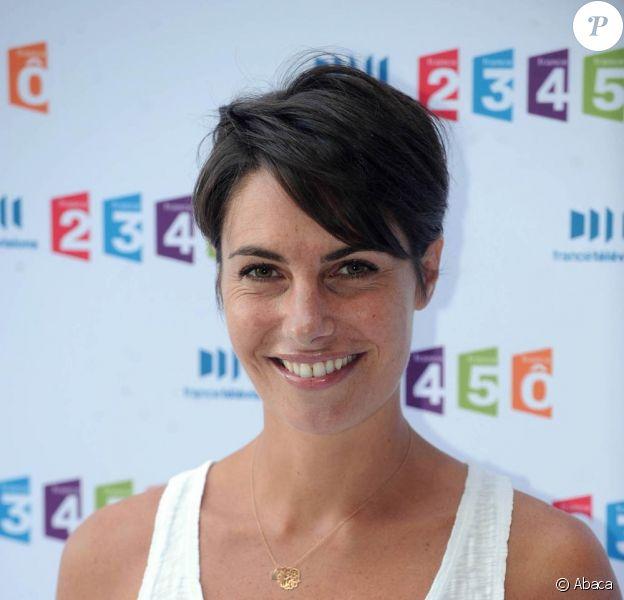 Alessandra Sublet à l'occasion de la conférence de presse de rentrée de France Télévisions, à Paris, le 3 septembre 2010.
