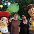 Buzz l'éclair, Rex le dinausore, Woody et Andy semble enchanté de recevoir la visite de quelques célébrités au parc Disneyland Paris, samedi 4 septembre.