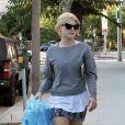 Sharon Osbourne et sa fille Kelly Osbourne font du shopping dans Beverly Hills à Los Angeles le 3 septembre 2010
