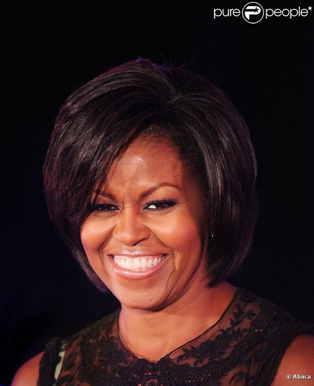 Michelle obama et ses deux filles font entrer la danse au for Au coeur de la maison blanche