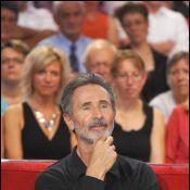 Thierry Lhermitte : Un beau barbu au côté des amoureux Davy Sardou et Noémie Elbaz !