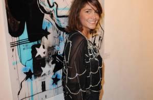 Emma de Caunes, femme araignée sexy, a passé la soirée avec des super héros...