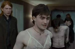 Harry Potter en soutien-gorge : Le célèbre sorcier est un coquin !