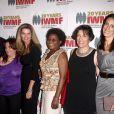"""Maria Shriver et les lauréates, à l'occasion de la grande soirée """"Women's Media Foundation's Courage in Journalism"""", au Beverly Hills Hotel de Beverly Hills, à Los Angeles, le 21 octobre 2010."""