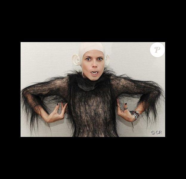 Heidi Klum dans l'un de ses déguisements d'Halloween 2011