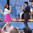 Demi Lovato en concert avec Joe Jonas à New York en août 2010