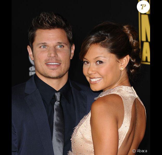 Nick Lachey et Vanessa Minnillo posent lors de la soirée des American Music Awards, en novembre 2008