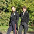 Jude Law et Robert Downey Jr. sur le tournage de Sherlock Holmes 2 en Grande-Bretagne à Pyrton le 20 octobre 2010